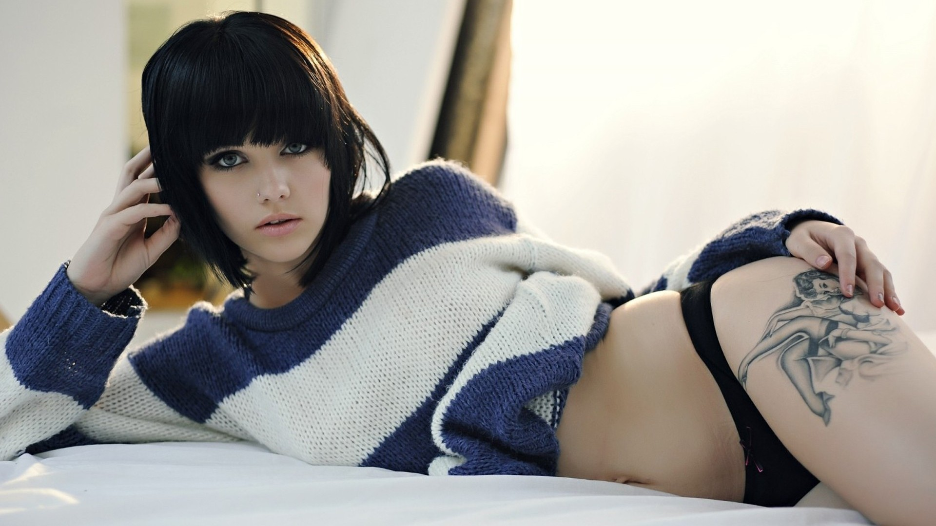 And the girl of the week is:Mellisa Clarke Pacific Rim 2013