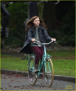 Exclusive... Chloe Grace Moretz Rides A Bike On Set