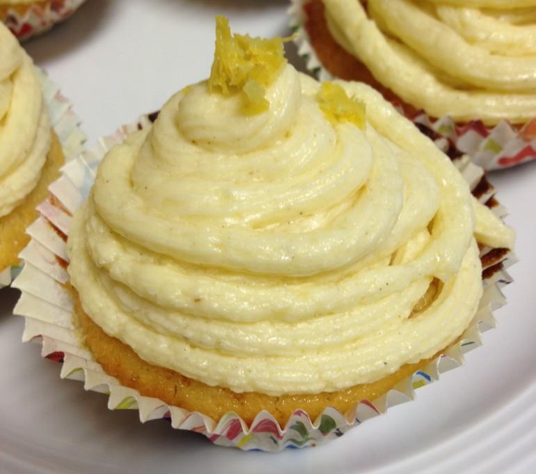 Moist, delicious lemon cupcakes