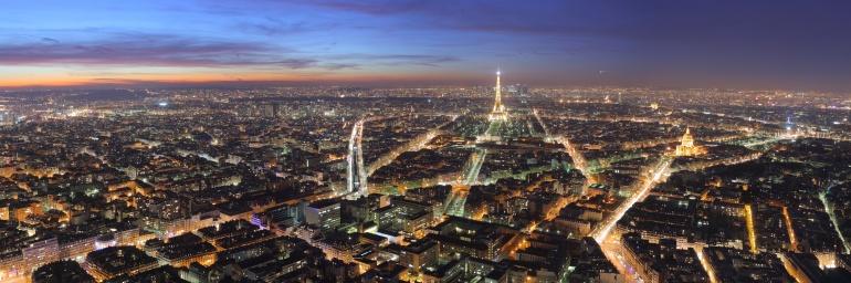 """Paris Night"" by Benh LIEU SONG"